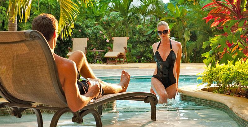 Swim up Crystal Lagoon Honeymoon One Bedroom Butler Suite 4