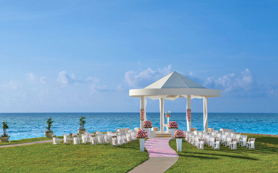 Dreams Sands Cancun - free wedding upgrade complimentary