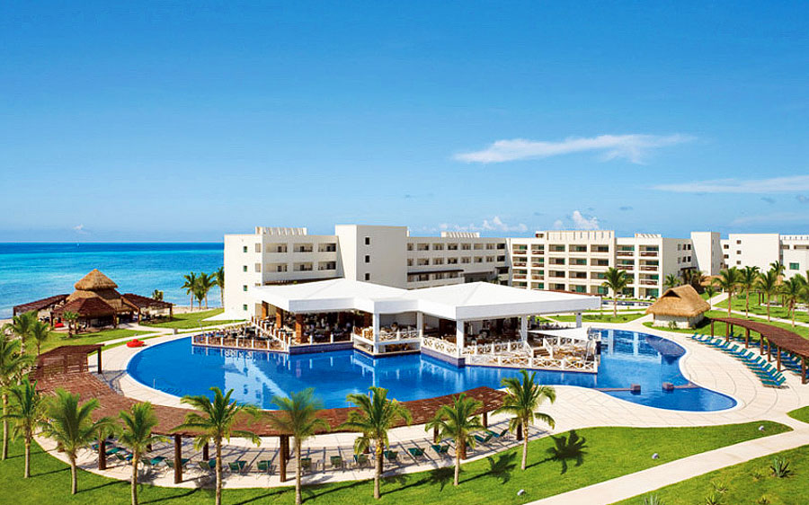 SAVE UP TO $1,824 PER COUPLE IN RIVIERA CANCUN!