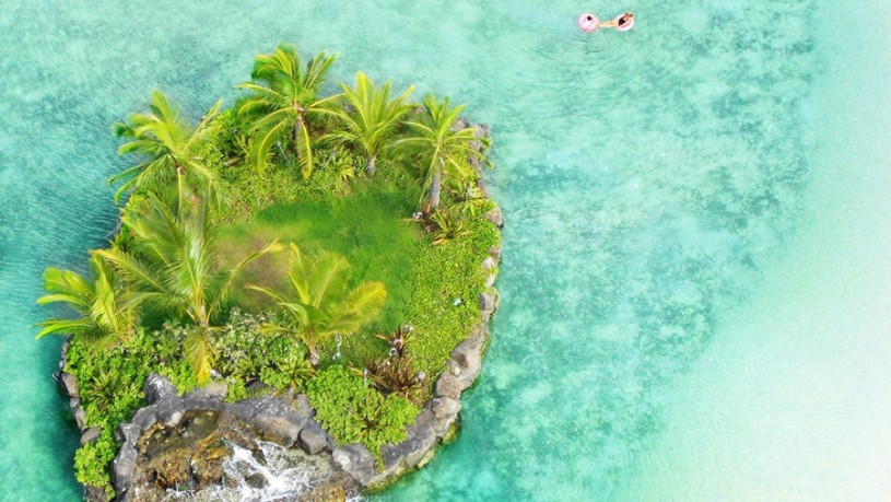 Small Island Honolulu Hawaii Sea Beach Blue v2